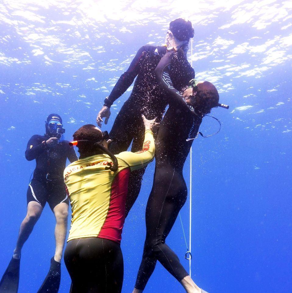 AIDA Safety Freediver